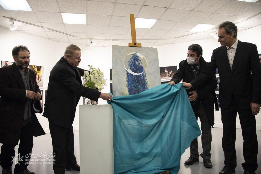 نمایشگاه آثار منتخب مسابقه عکس تئاتر و پوستر سی وهشتمین جشنواره بینالمللی تئاتر فجر