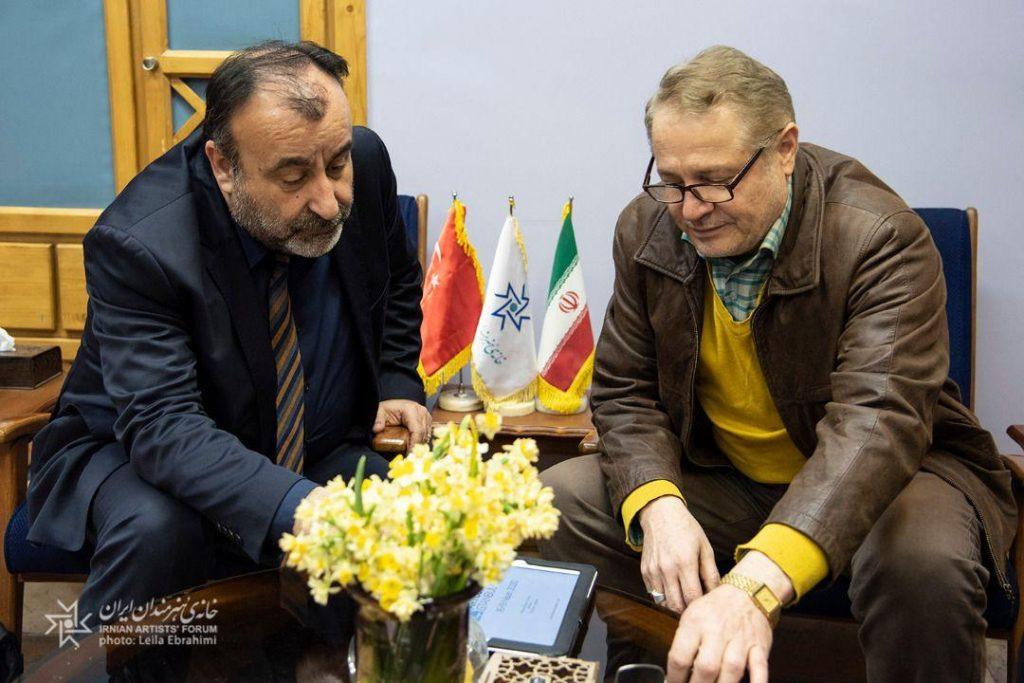 بازدید مدیر موسسه آتیس و رییس نمایشگاه بینالمللی هنر ترکیه از خانه هنرمندان ایران